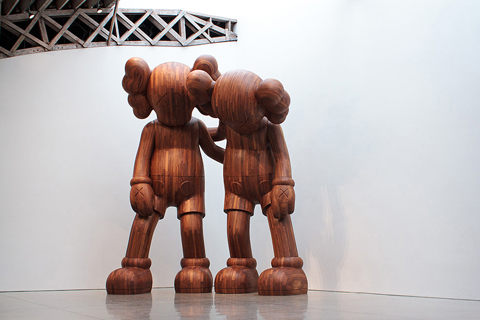 KAWS-PASS-THE-BLAME-Exhibition-at-Mary-Boone-Gallery-Chelsea-New-York-0011